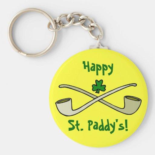 Tubos y el llavero de St Patrick del trébol