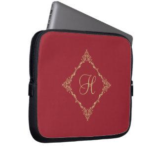 Tudor inicial de encargo inspiró el oro y el rojo fundas ordendadores