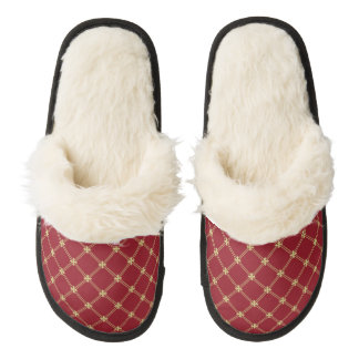 Tudor Red and Gold Pattern Pair Of Fuzzy Slippers