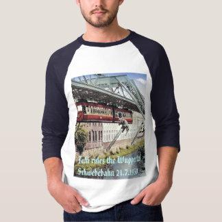 Tuffi rides the Wuppertal Schwebe... T-Shirt