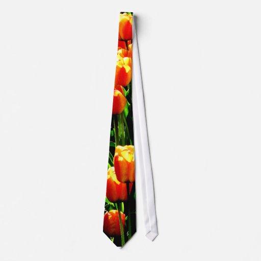 Tulip Art Tie