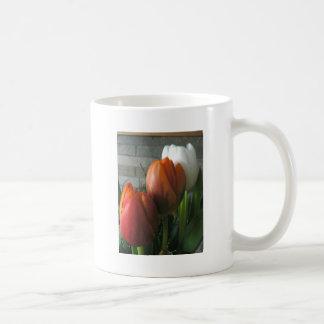Tulip blooms mug