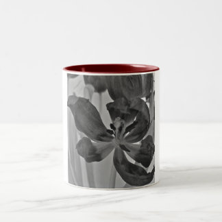 Tulip in Black and White Mug