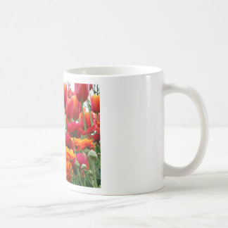 Tulip Poppy Dance Mug