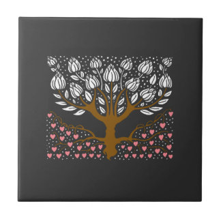 Tulip Tree with Heart Roots tile