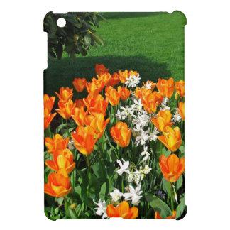 Tulipán anaranjado en productos múltiples iPad mini cárcasas