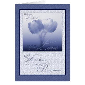 Tulipán azul del aniversario de boda del marido tarjeta de felicitación