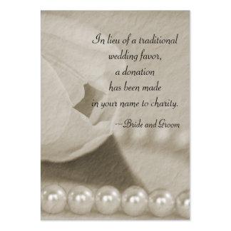 Tulipán blanco y perlas que casan la tarjeta del tarjetas de visita grandes