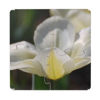 Tulipán floreciente blanco posavasos de puzzle