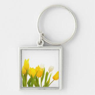 Tulipanes amarillos llavero cuadrado plateado