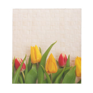 Tulipanes de la primavera bloc de papel