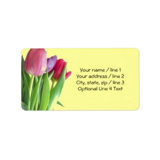 Tulipanes de la primavera etiquetas de dirección