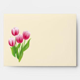 Tulipanes de la primavera. Sobres felices de Pascu
