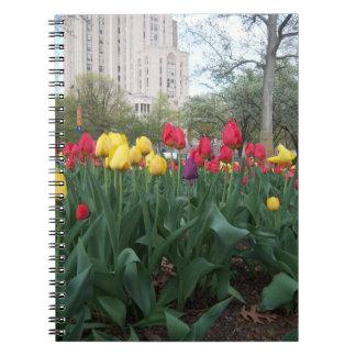 Tulipanes de salto cuadernos