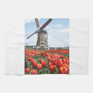 Tulipanes del molino de viento toalla