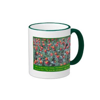 Tulipanes del naranja del fuego tazas de café