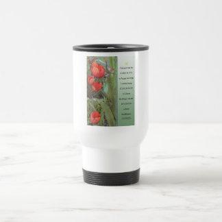 Tulipanes del rojo del rezo de la serenidad taza de viaje