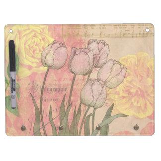Tulipanes del vintage en fondo floral tablero blanco