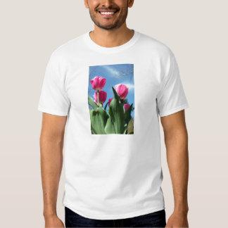 Tulipanes elevados poleras