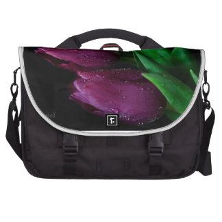 Tulipanes púrpuras bolsa para ordenador