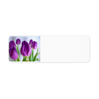 Tulipanes púrpuras etiqueta de remite