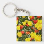Tulipanes rojos y amarillos llaveros