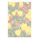 Tulipanes rojos y amarillos  papeleria