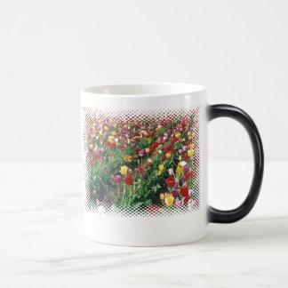 Tulips Morphing Mug