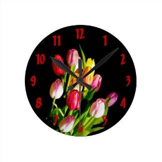Tulips Round Clock