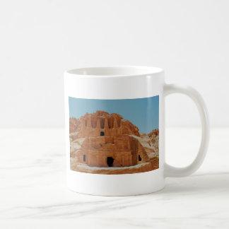 Tumba del Petra de los obeliscos Taza