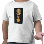 Tumi o cuchillo ceremonial en la forma de camisetas