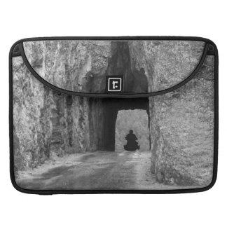 Túnel de la carretera de las agujas fundas para macbook pro