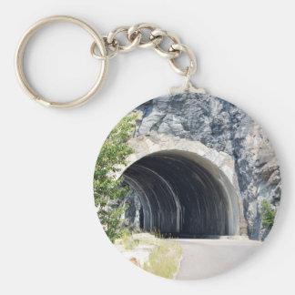Túnel en parque del glaciar llavero redondo tipo pin