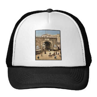 Tunis. La porte française classic Photochro Trucker Hat