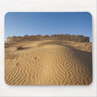 Tunisia, Ksour Area, Ksar Ghilane, Grand Erg 2 Mouse Pad