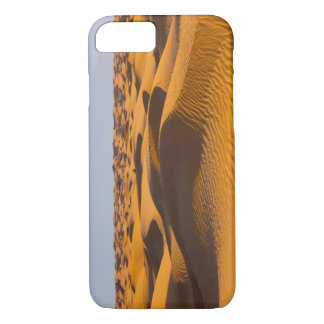 Tunisia, Ksour Area, Ksar Ghilane, Grand Erg 4 iPhone 7 Case