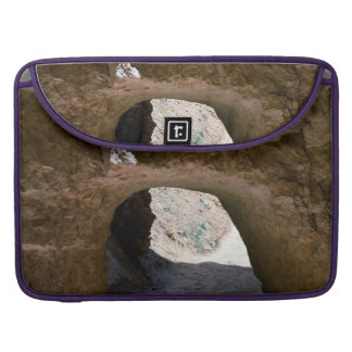 Tunnel on the peekaboo loop trail in Bryce Canyon Sleeve For MacBooks