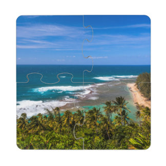 Tunnels Beach as seen from the Kalalau Trail Puzzle Coaster