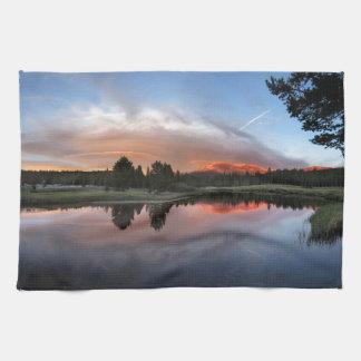 Tuolumne Meadows Sunset - Yosemite John Muir Trail Kitchen Towels