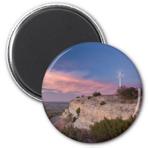 Turbina de viento en Tejas del oeste en la puesta  Imán Redondo 5 Cm