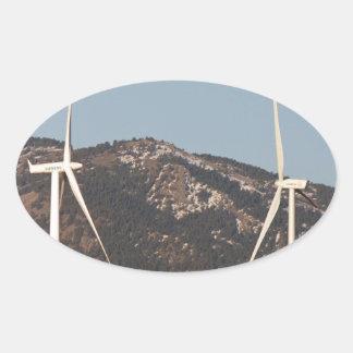 Turbinas de viento con un retrato de la Luna Llena Pegatina Ovaladas Personalizadas
