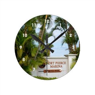 turista de la escena de la Florida de la muestra Reloj Redondo Mediano