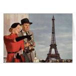 Turistas del vintage que viajan en la torre Eiffel Tarjeta De Felicitación