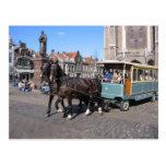 Turistas en Delft Tarjetas Postales
