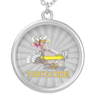 Turkeycize que ejercita el dibujo animado del pavo colgante redondo