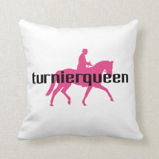 Turnierqueen - Queen of all competitions Throw Pillow