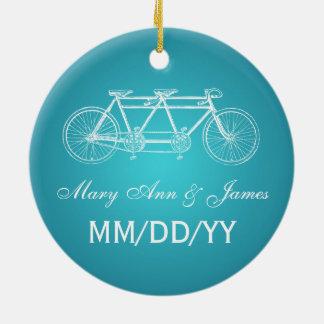 Turquesa en tándem de la bici del favor elegante adorno navideño redondo de cerámica