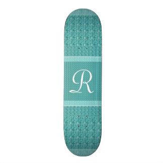 Turquesa (monograma de la letra R) Skate Board