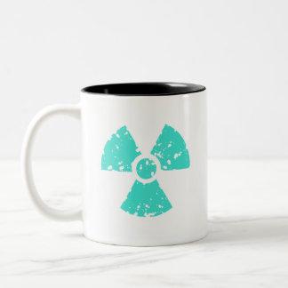 Turquesa, símbolo radiactivo azulverde taza de dos tonos