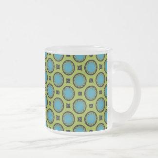 Turquesa y amarillo taza de café esmerilada